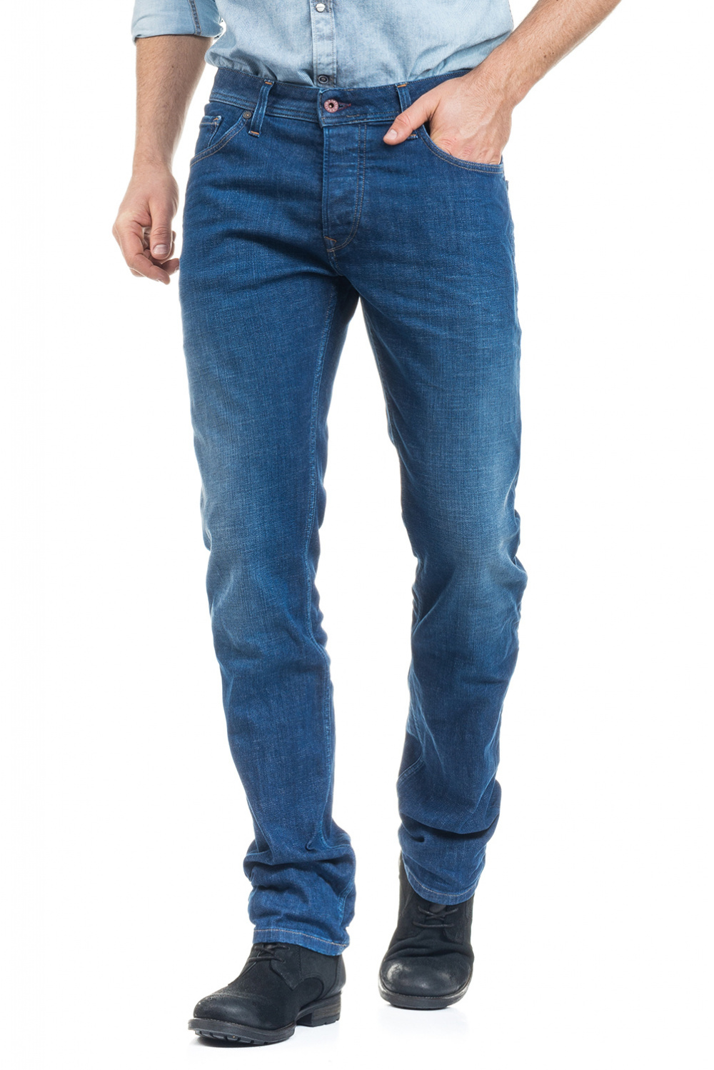 Lima jeans with intense medium wash